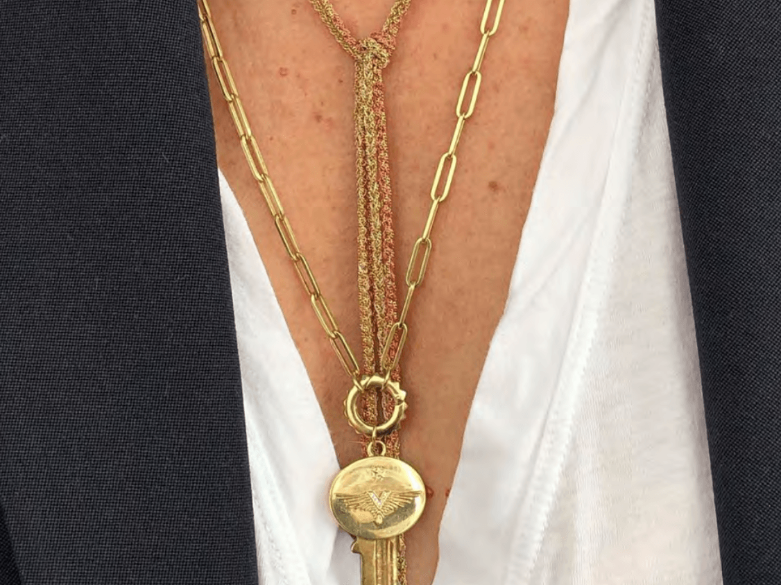 Letter V Clear Rhinestone Alphabet Initial Dangle Charm for European Bracelets Fashion Jewelry for Women Man